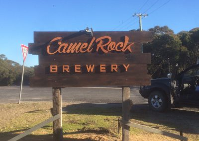 3d cut lettering sign camel rock