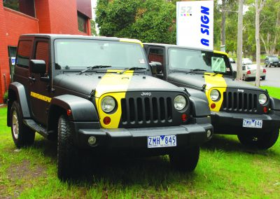 jeep car wraps tigers football club