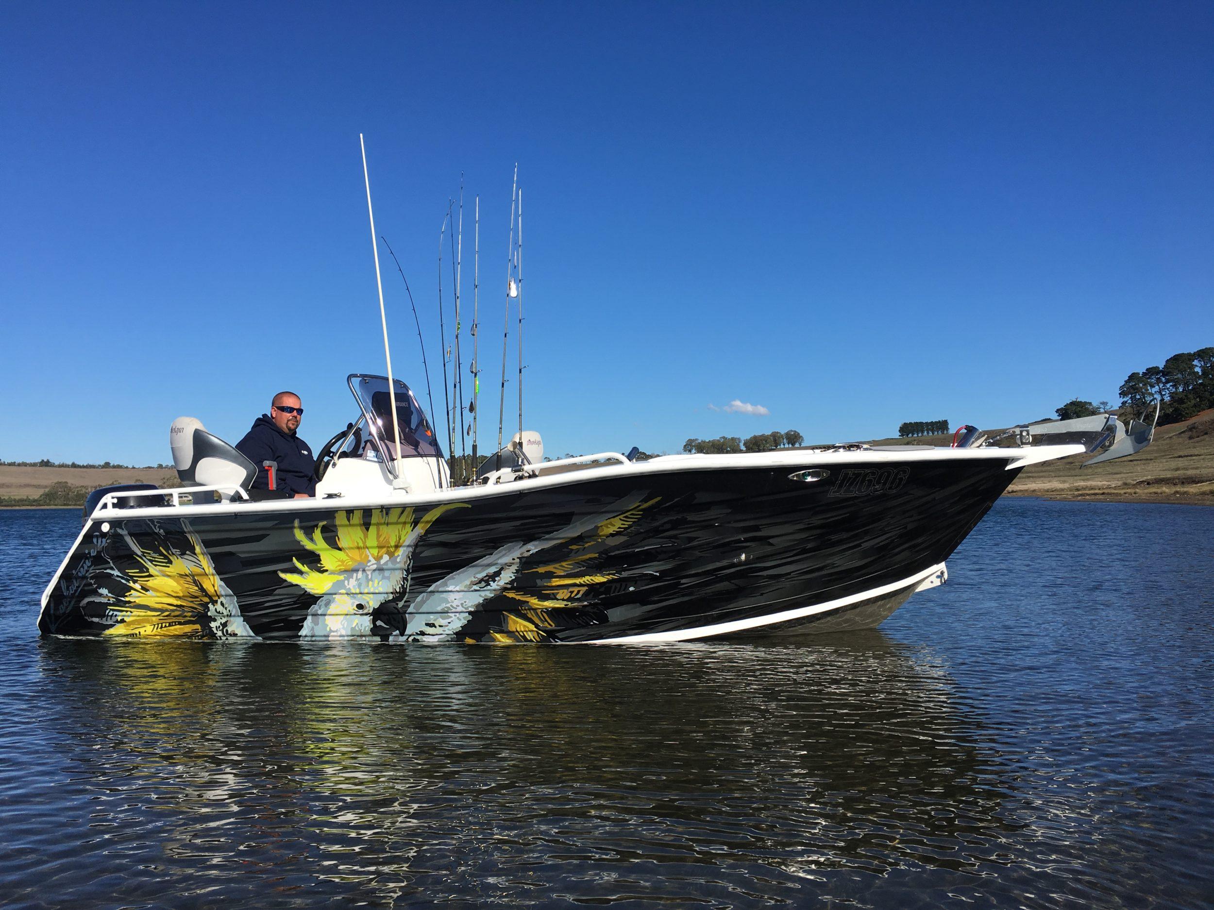 cockatoo boat wrap