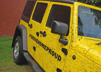 graffiti tigers jeep wrap colour change